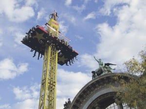 Die Lozärner Määs im Höhenflug. Bild zVg