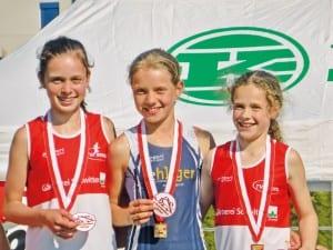Innerschweizer Staffelmeister bei den U14 Mädchen: Fabienne Britschgi (Audacia Hochdorf), Jana Höhn (TV Inwil) und Lorena Zappa (TV Inwil).