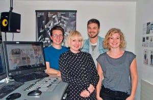 Das 3FACH-Leitungsteam mit Kilian Mutter (Musikredaktion), Angela Meier (Marketing), Samuel Konrad (Programmleitung) und Kim Schelbert (Geschäftsleitung).