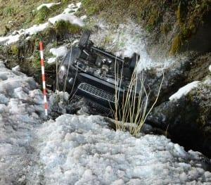 Am Fahrzeug entstand Sachschaden von ca. 8'000 Franken (Totalschaden).