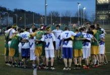 Zeichen des Fairplays – nach jedem Spiel finden sich die beiden Teams in einem Kreis zusammen und die beiden Team Captain heben die positiven Momente hervor. Bild zVg.