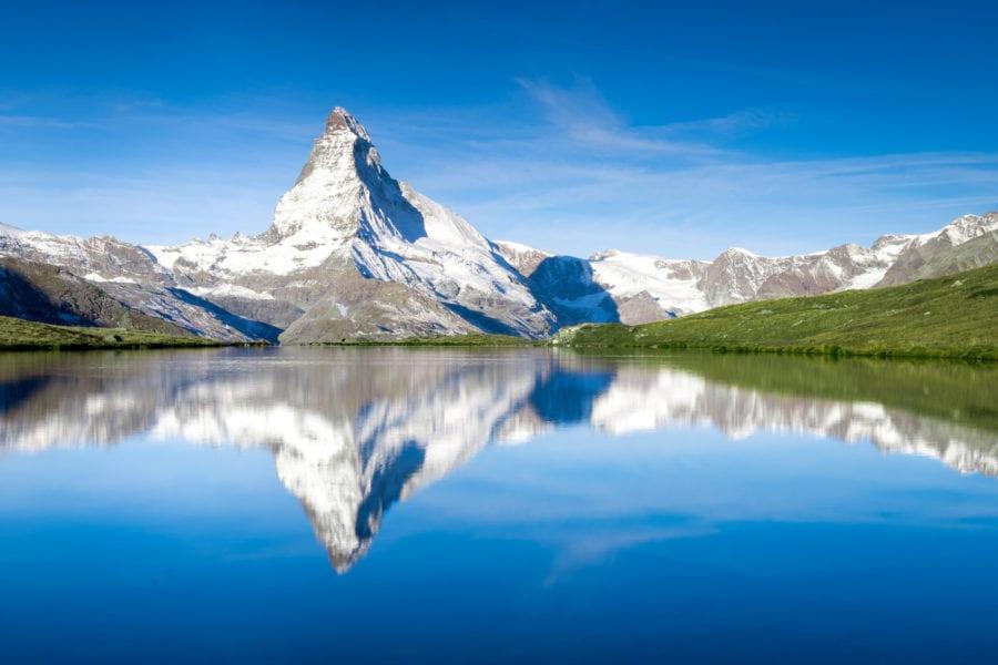 Der Blick auf das Matterhorn vom Stellisee aus. © 200628126 / fotolia.com