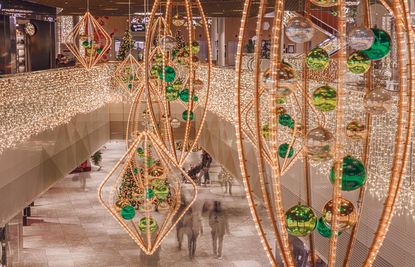 Stimmungsvolle-Weihnachten-in-der-Mall-of-Switzerland